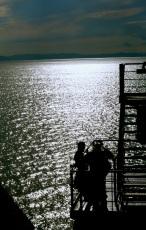 stairwell chat, Mar de Cortéz
