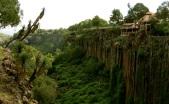 living on the edge, Hidalgo