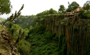 living on the edge, Hidalgo