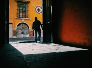 shadow man. Puebla, Puebla