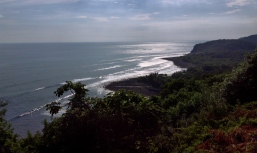 time warp to what an indigenous to this area hundreds of years ago would have seen, El Salvador