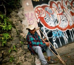 crutch, Santa Tecla, El Salvador