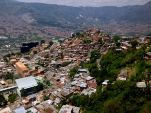 Home sweet slums, Medellín