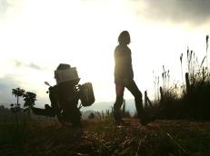 Rising sun packing session, Antioquia