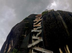 Menacing climb, Piedra de Peñon, Antioquia