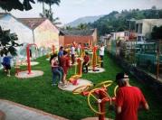 Grown-ups like to play too, San Francisco, Cundinamarca