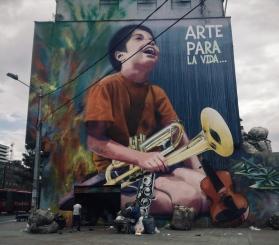 Garbage underlying art, Bogotá