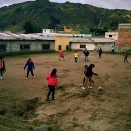 low oxygen fútbol, Zambahua