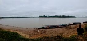 River watching. Puerto Maldonado