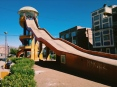 Smiley slide. Puno